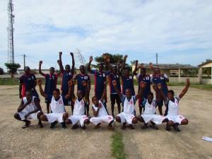 Les élèves de Grand-Popo portent les maillots du LABC